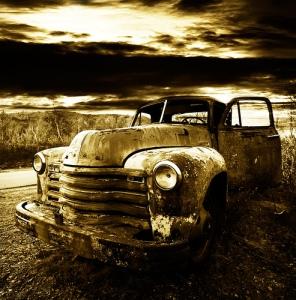 Old car (photo via Flicker by Collargoll)